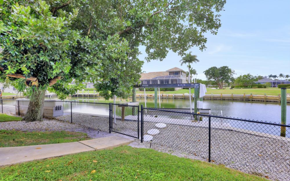 480 Pheasant Ct, Marco Island - Home For Sale 1933759896