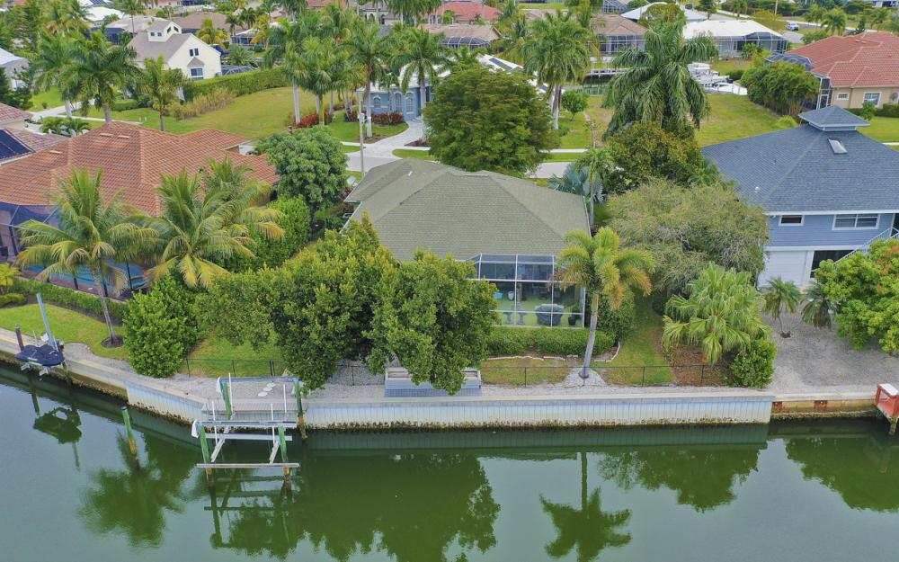 480 Pheasant Ct, Marco Island - Home For Sale 57465467