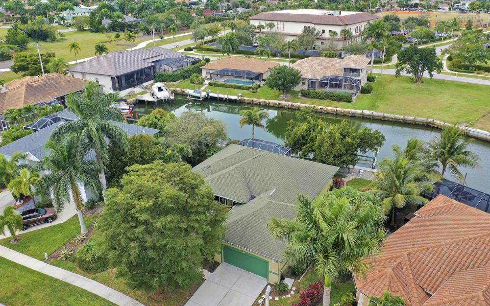 480 Pheasant Ct, Marco Island - Home For Sale 1849738797