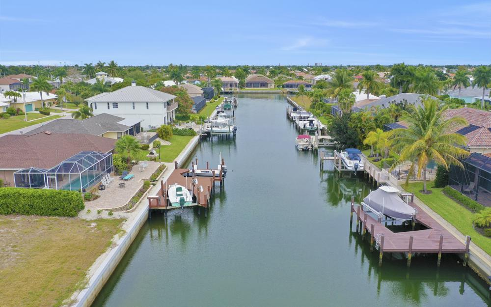 480 Pheasant Ct, Marco Island - Home For Sale 1269796759