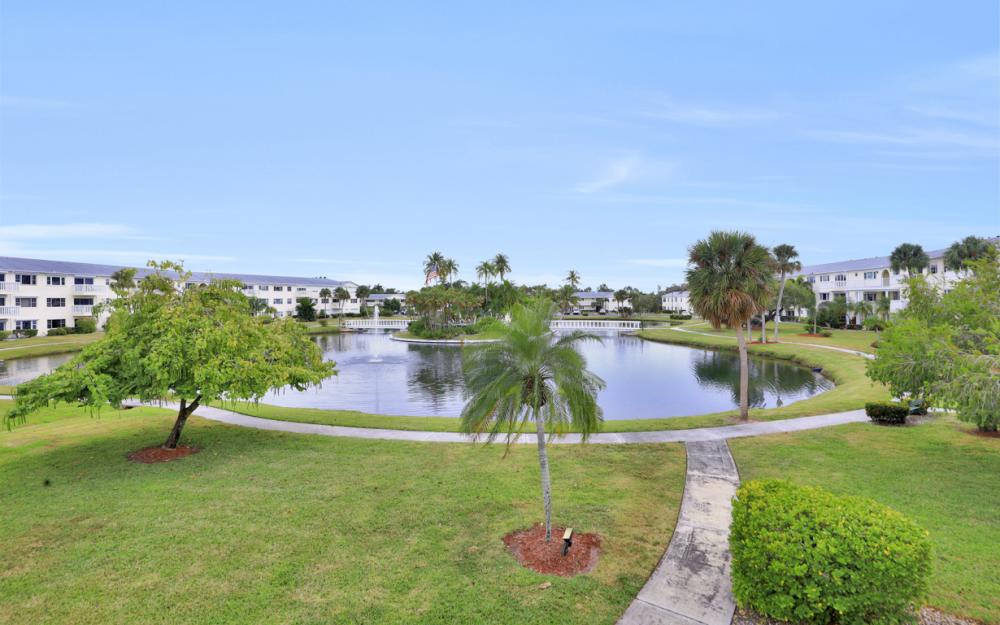 13501 Stratford Place Cir #201, Fort Myers - Condo For Sale 1415179417