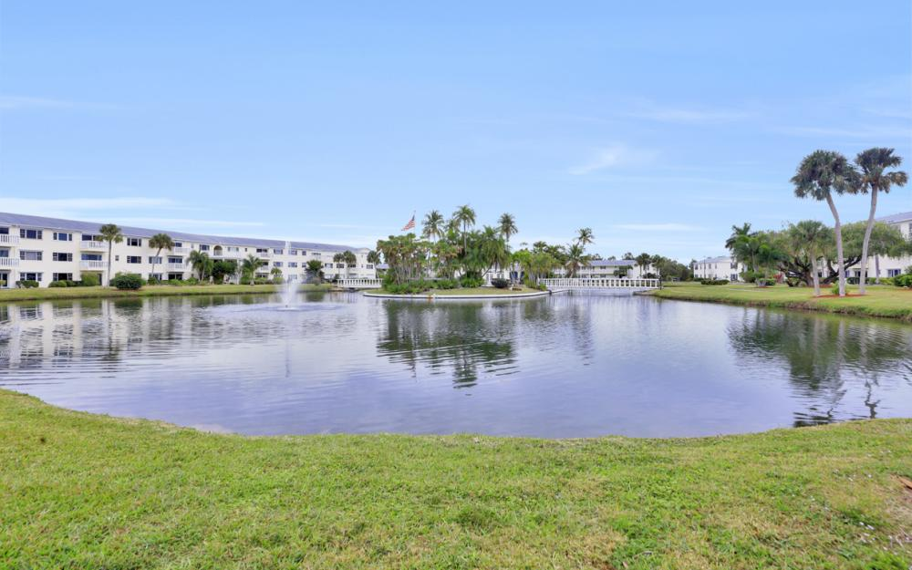 13501 Stratford Place Cir #201, Fort Myers - Condo For Sale 1634105867