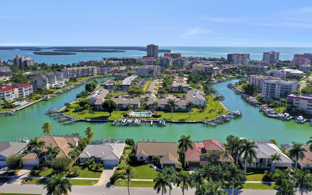854 Banyan Ct, Marco Island - Home For Sale 660811424