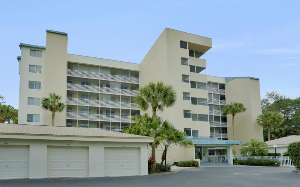 270 Naples Cove Dr #3601 Naples - Condo For Sale 1192275583