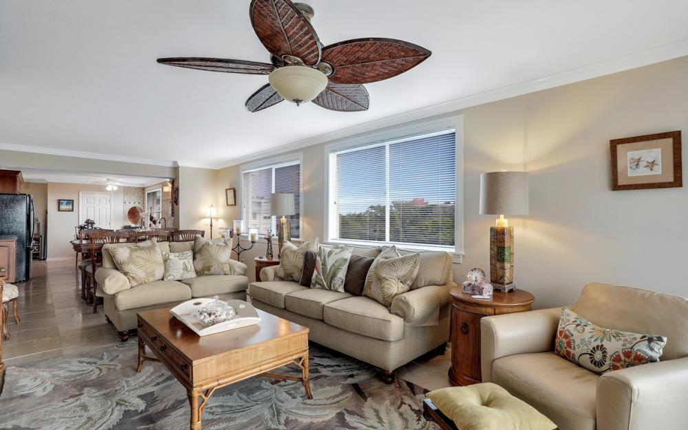 270 Naples Cove Dr #3601 Naples - Condo For Sale 65744107