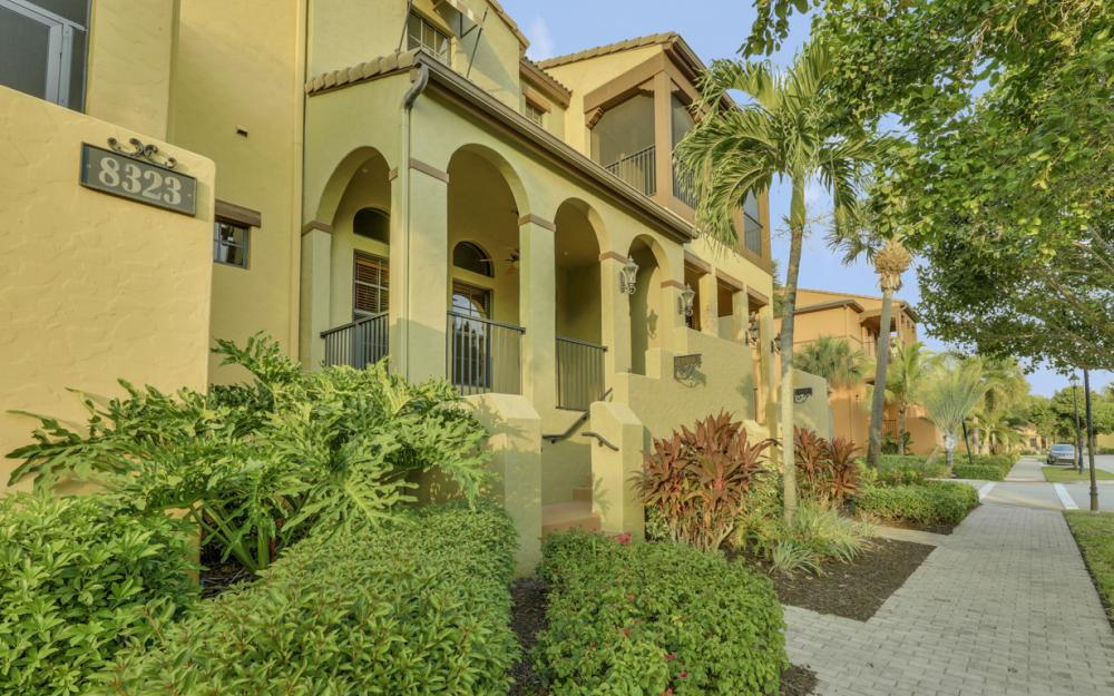 8323 Delicia St #1309, Fort Myers - Condo For Sale 1992049814