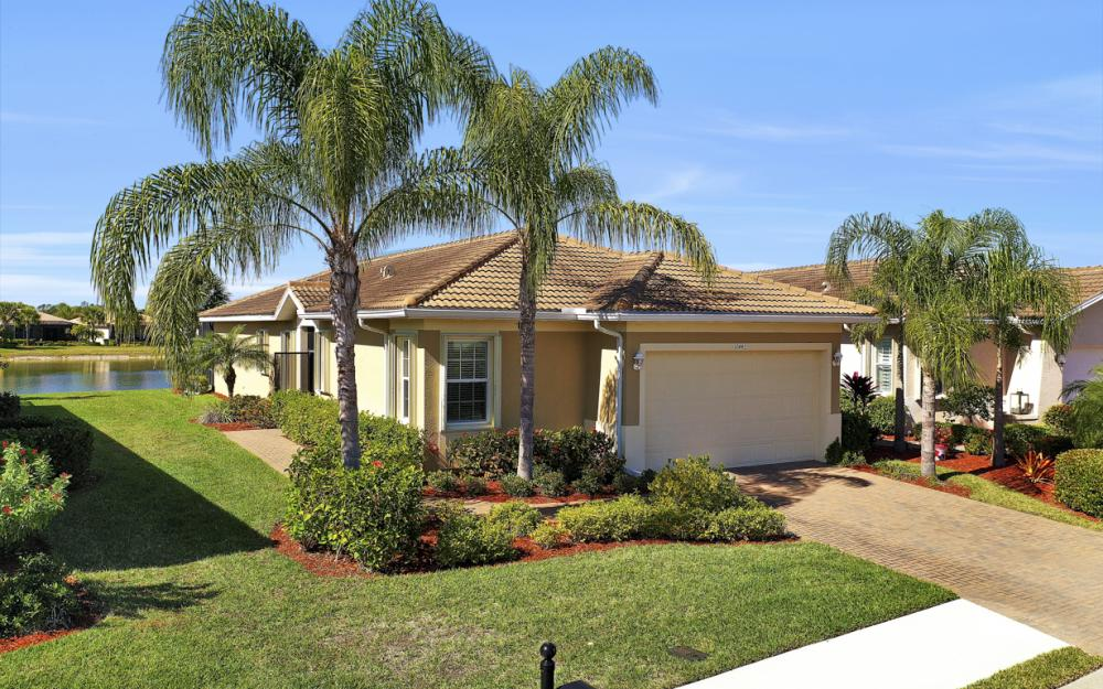10442 Sirene way, Fort Myers - Home For Sale 642172363