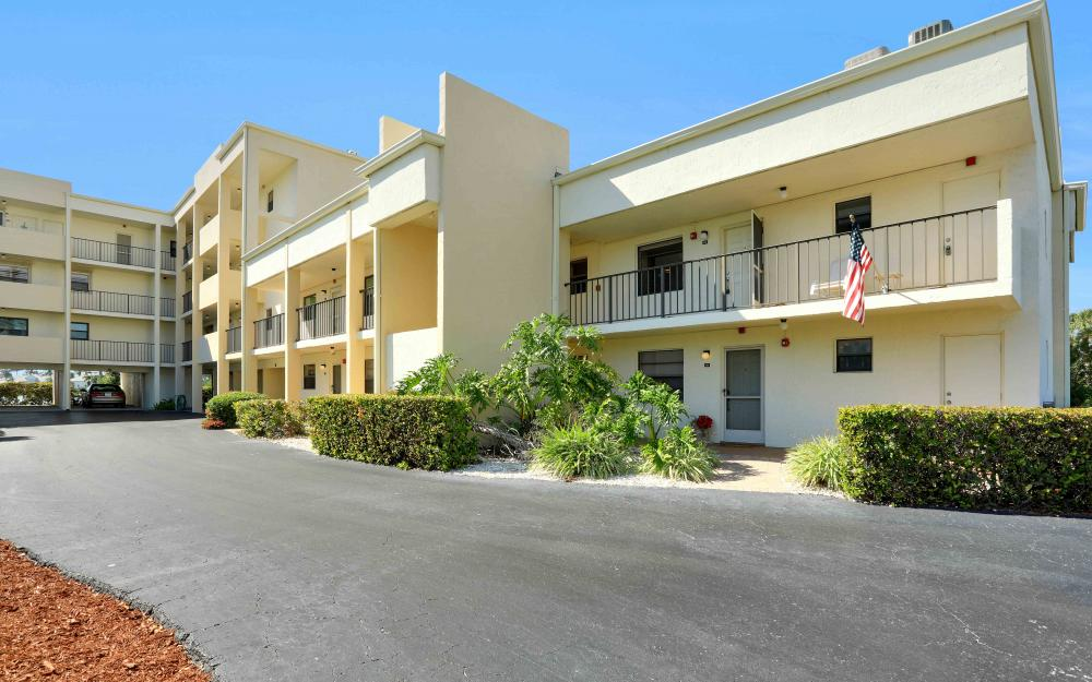 838 W Elkcam Cir #101 Marco Island - Vacation Rental 566416564