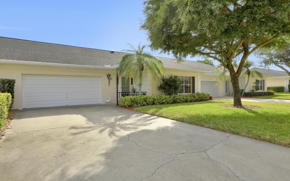 1350 Medinah Dr, Fort Myers - Home For Sale 285926139