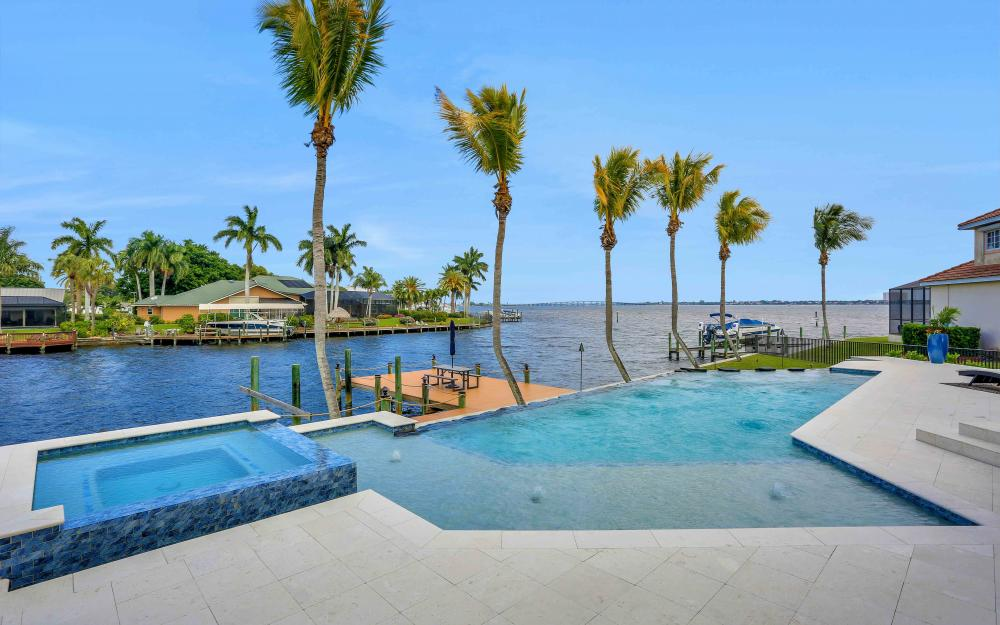 5611 Riverside Dr, Cape Coral - Luxury Home For Sale 1907957046