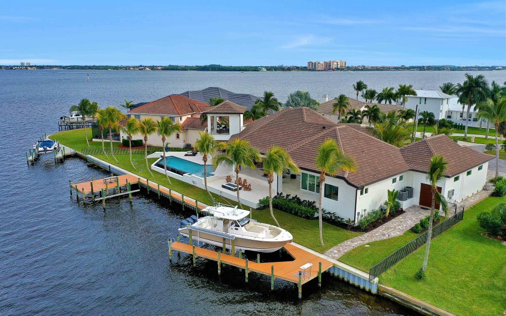 5611 Riverside Dr, Cape Coral - Luxury Home For Sale 506807276
