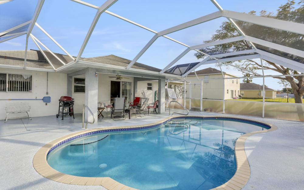 632 SW 4th St, Cape Coral - Home For Sale 1714298167
