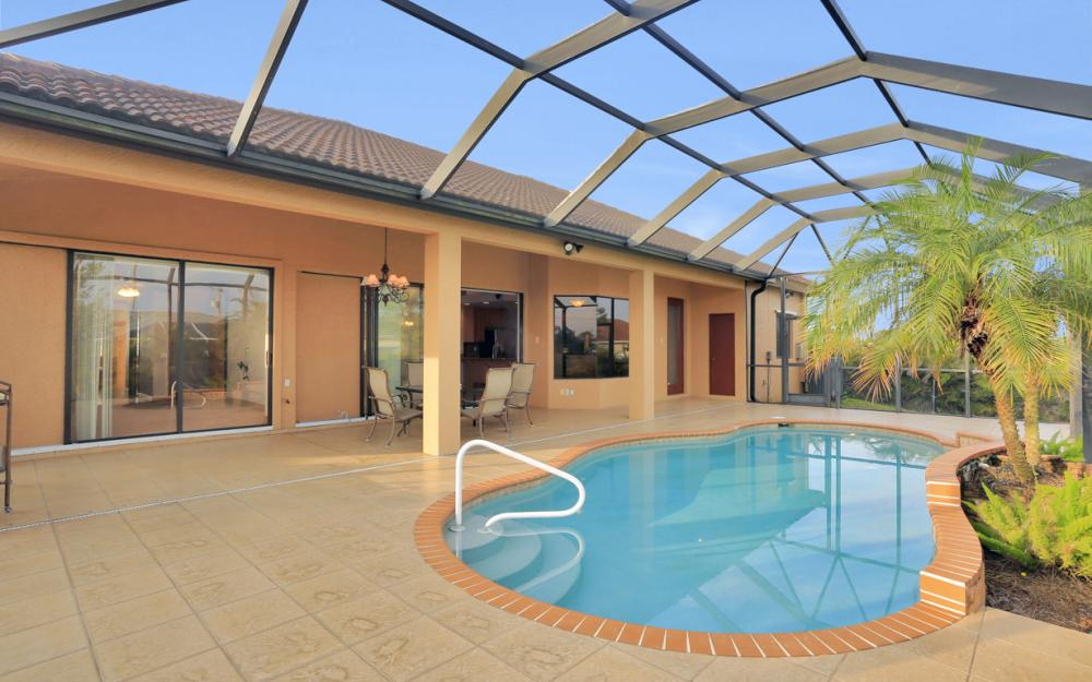 921 Diplomat Pkwy W, Cape Coral - Home For Sale 2066931741