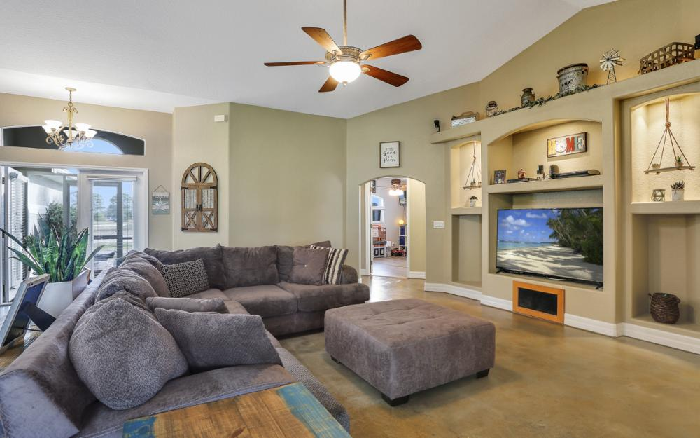 2511 NW 29th Ter, Cape Coral - Home For Sale 588656725