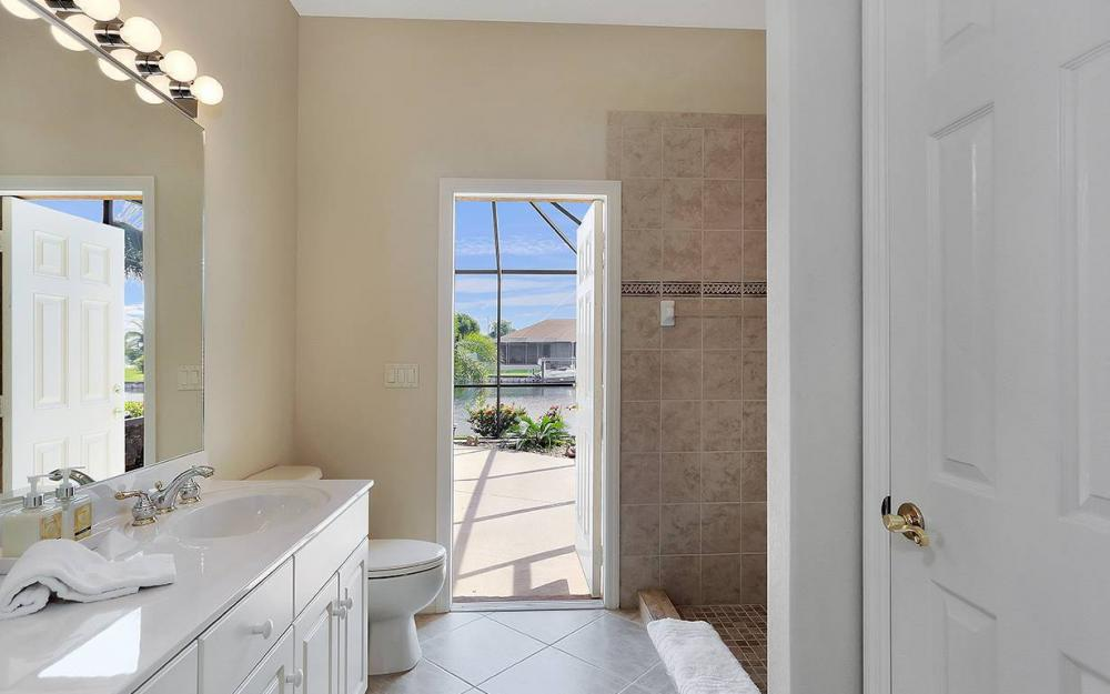 3037 SW 26th Pl, Cape Coral - House For Sale 705992676