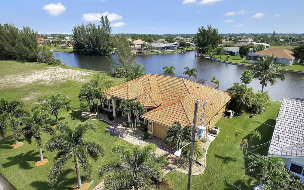3037 SW 26th Pl, Cape Coral - House For Sale 444262164