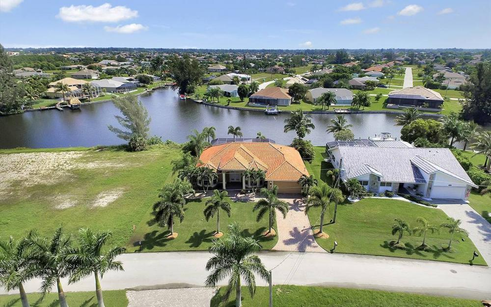 3037 SW 26th Pl, Cape Coral - House For Sale 105008546