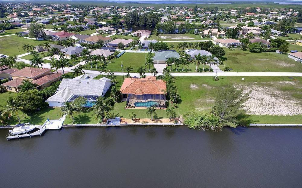 3037 SW 26th Pl, Cape Coral - House For Sale 1046489922