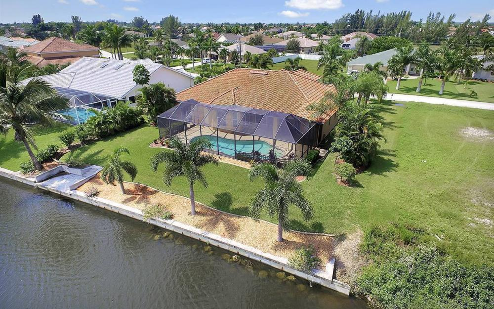 3037 SW 26th Pl, Cape Coral - House For Sale 2099616188