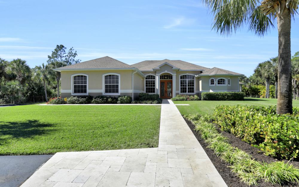 385 13th St SW, Naples - Home For Sale 313389389