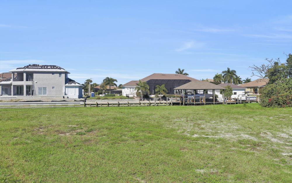 1020 Dill Ct, Marco Island - Lot For Sale 1806820336