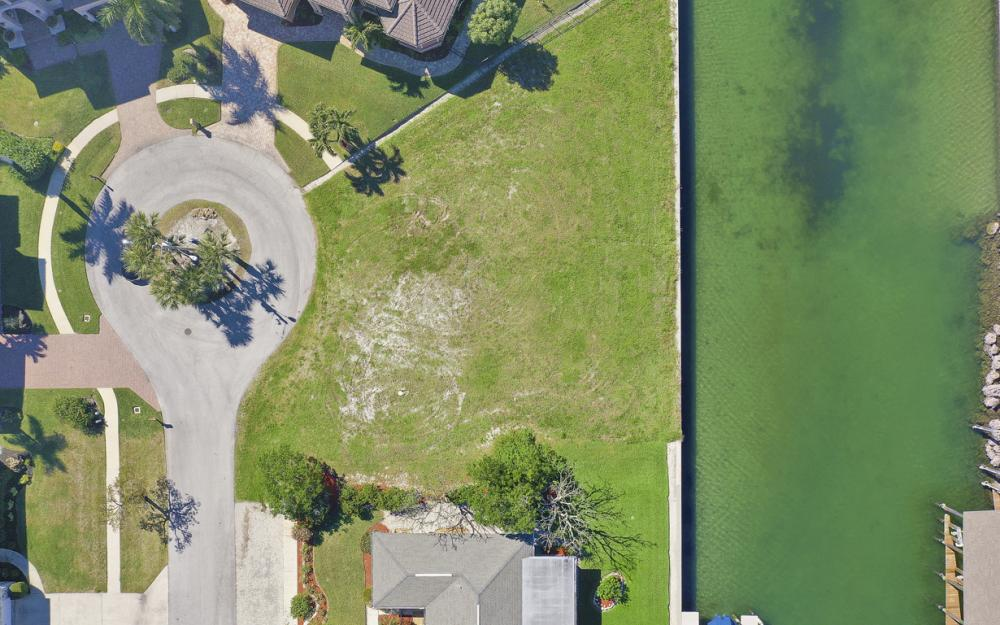 1020 Dill Ct, Marco Island - Lot For Sale 802535033