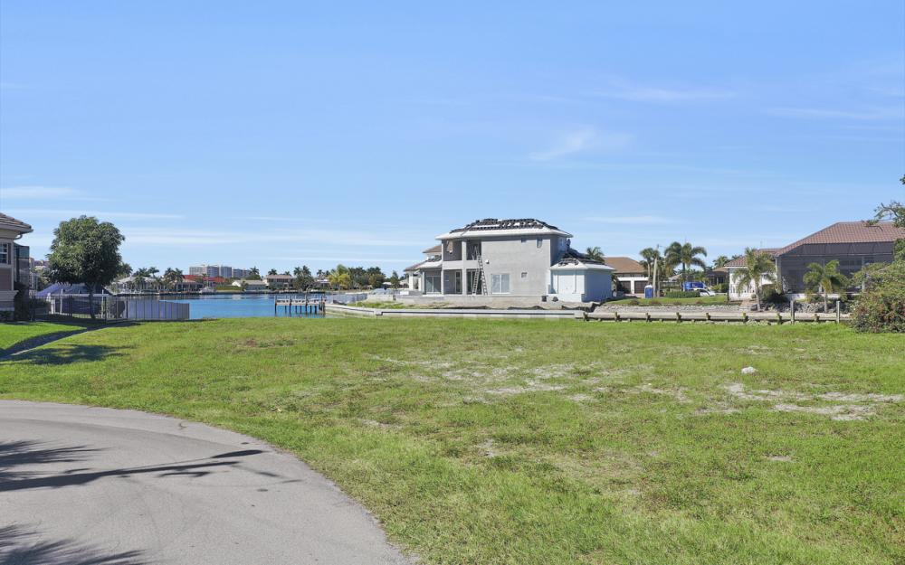 1020 Dill Ct, Marco Island - Lot For Sale 1511490991