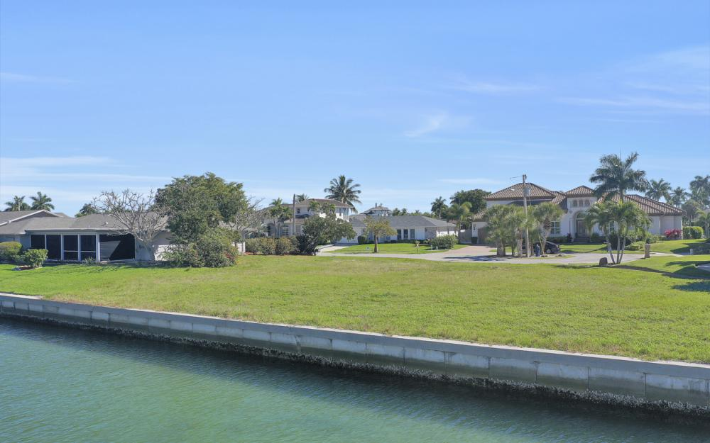 1020 Dill Ct, Marco Island - Lot For Sale 227428714
