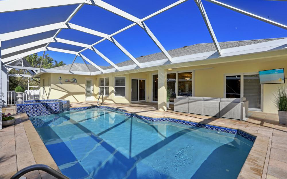 248 Castaways St Marco Island - Vacation Rental 1087368037
