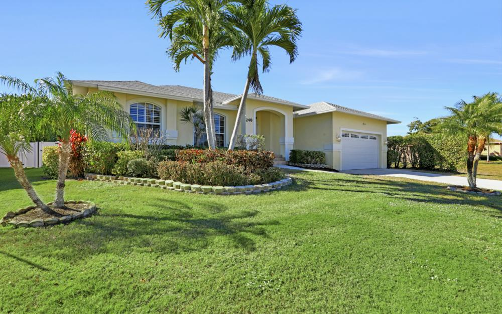 248 Castaways St Marco Island - Vacation Rental 848809625