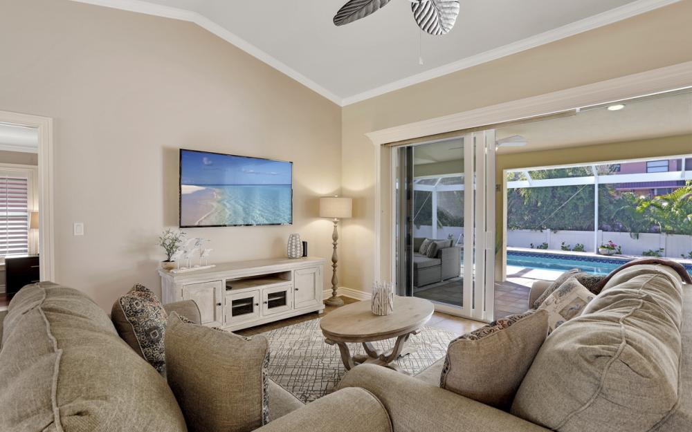 248 Castaways St Marco Island - Vacation Rental 498145589