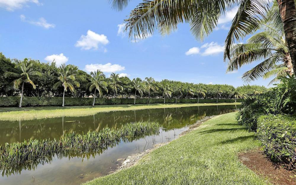 10698 Mirasol Dr APT 901, Miromar Lakes - House For Sale 2135347649