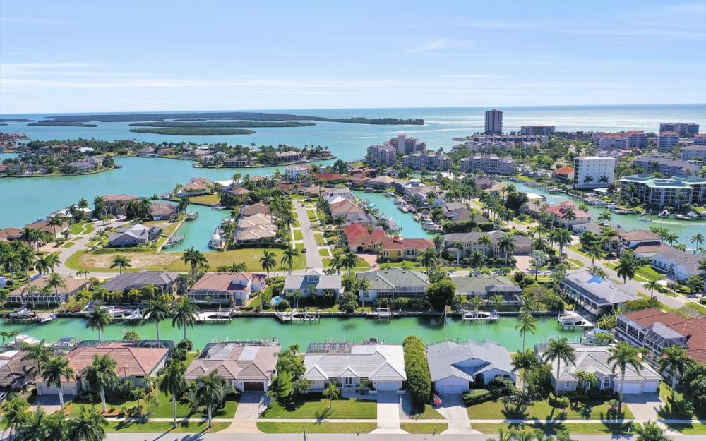 1200 Ember Ct, Marco Island - Home For Sale 507097812