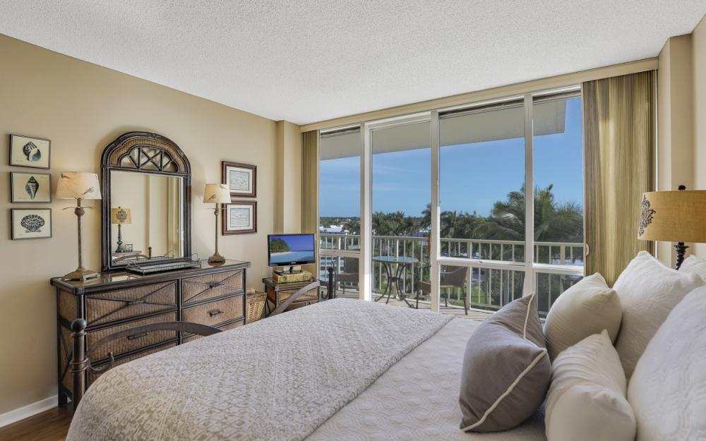 180 Seaview Ct #606, Marco Island - Condo For Sale 916693997
