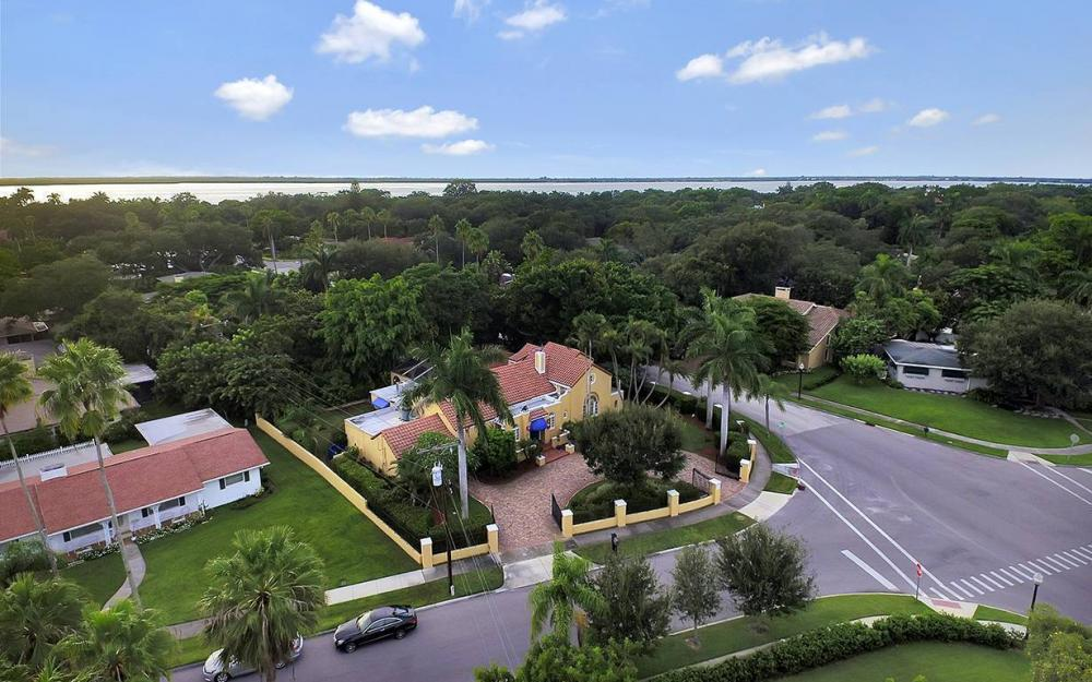 3706 Oxford St, Fort Myers - House For Sale 1744915189