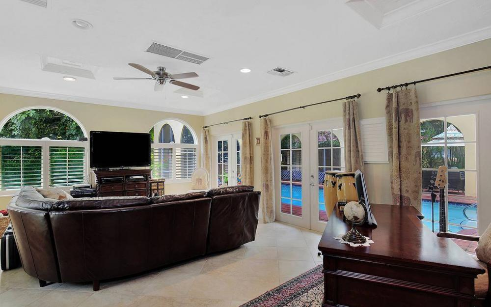 3706 Oxford St, Fort Myers - House For Sale 2129705626