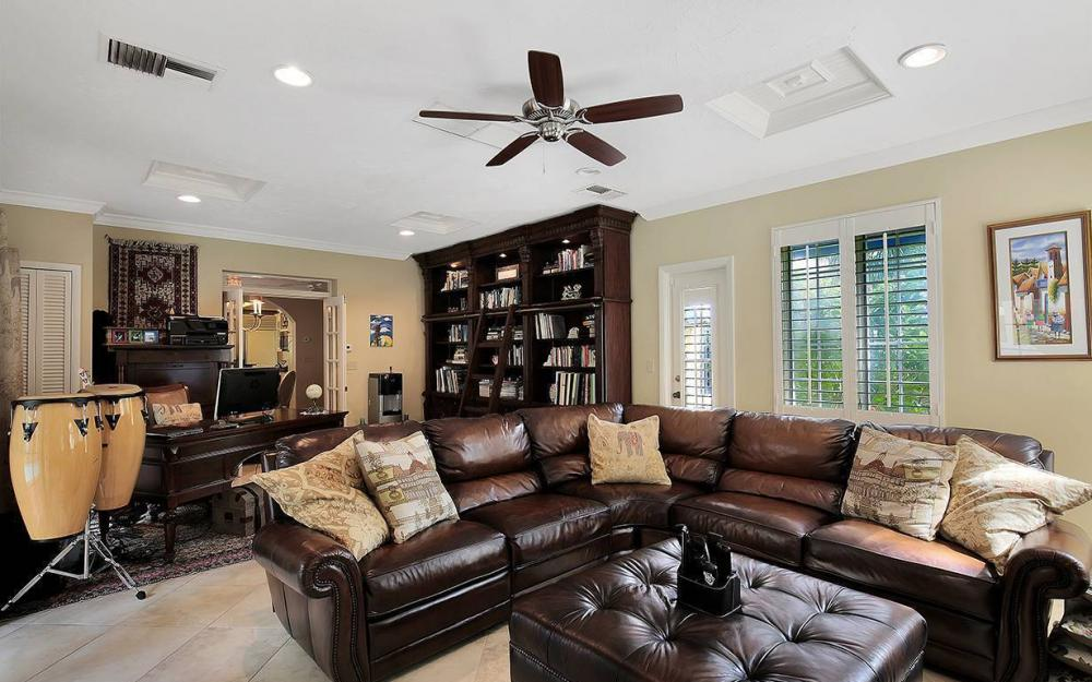 3706 Oxford St, Fort Myers - House For Sale 221245562