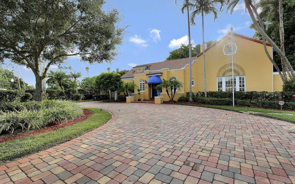 3706 Oxford St, Fort Myers - House For Sale 1776889261