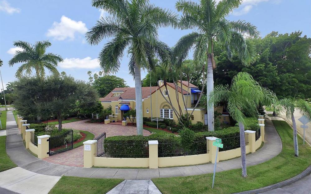 3706 Oxford St, Fort Myers - House For Sale 1471020489