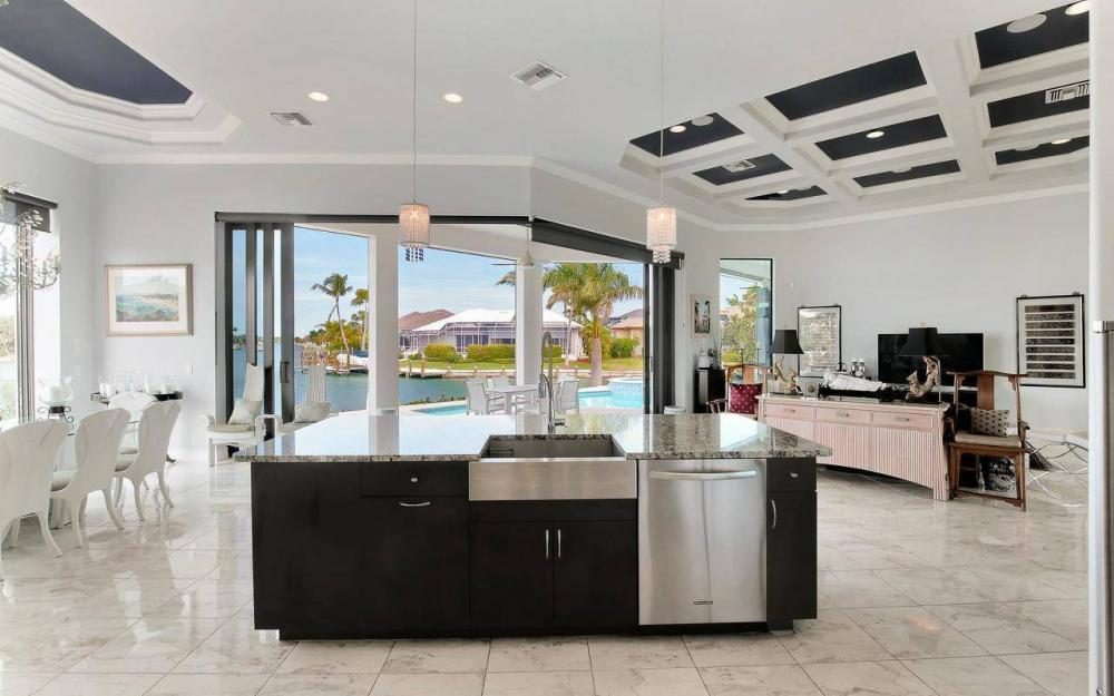 1270 Lily Ct, Marco Island - House For Sale 152470171