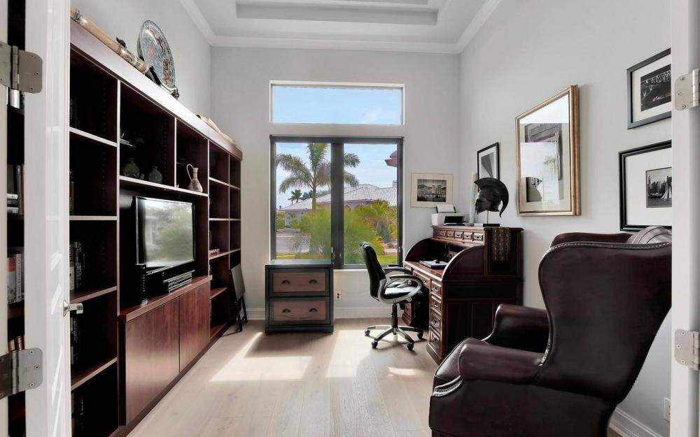 1270 Lily Ct, Marco Island - House For Sale 81145689