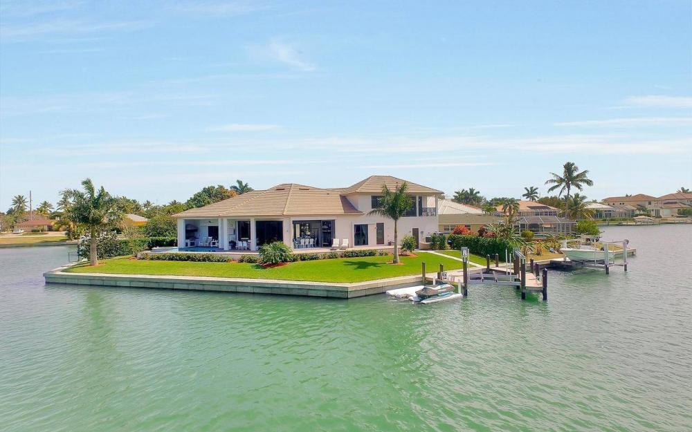 1270 Lily Ct, Marco Island - House For Sale 1732733833