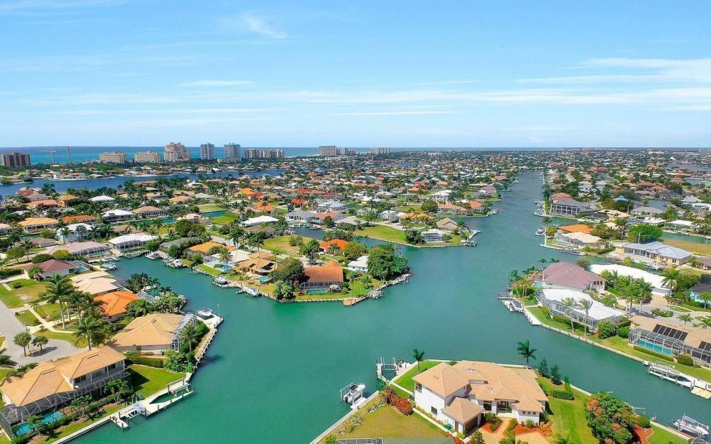 1270 Lily Ct, Marco Island - House For Sale 747357959