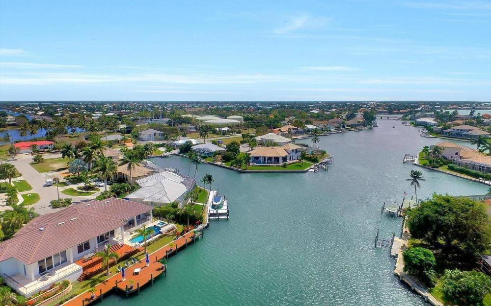 1270 Lily Ct, Marco Island - House For Sale 1243791330