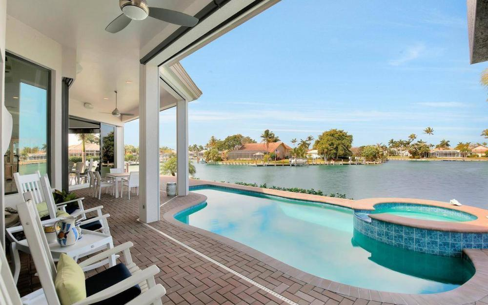 1270 Lily Ct, Marco Island - House For Sale 175445409