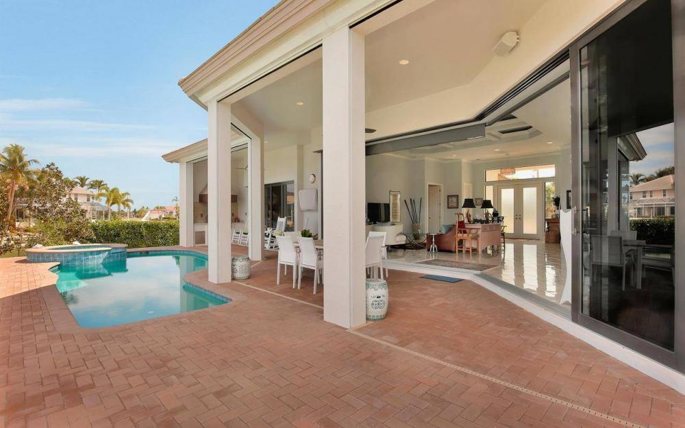 1270 Lily Ct, Marco Island - House For Sale 21092287