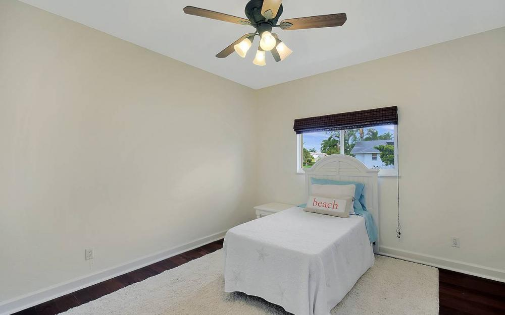 337 Capistrano Ct, Marco Island - House For Sale 1562789360