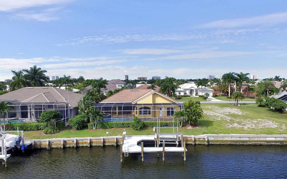 337 Capistrano Ct, Marco Island - House For Sale 1328813606
