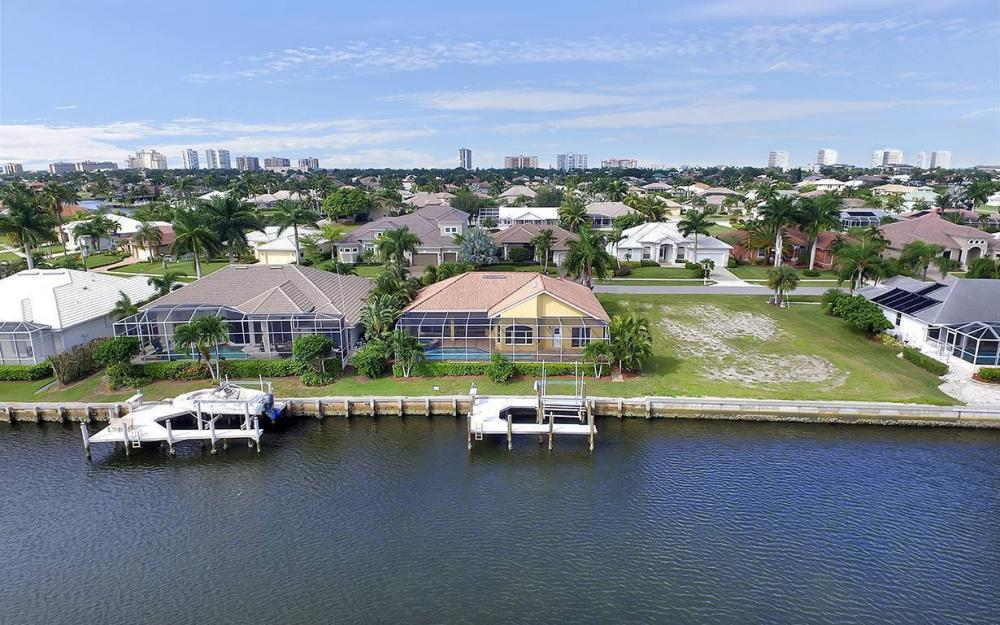 337 Capistrano Ct, Marco Island - House For Sale 738021072