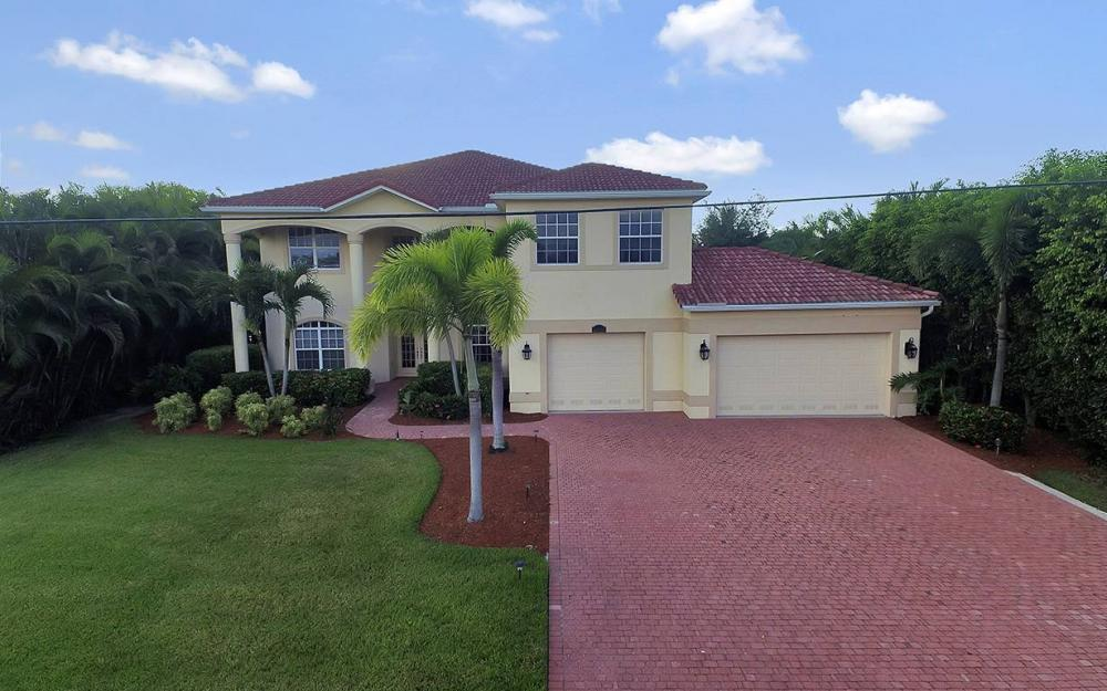 2968 Surfside Blvd, Cape Coral - House For Sale 1726895772